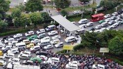 Lập tổ phản ứng nhanh giải quyết kẹt xe khu vực Tân Sơn Nhất