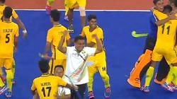 """Đối thủ Myanmar """"điên cuồng"""" ăn mừng dù để thua Malaysia 6-0"""