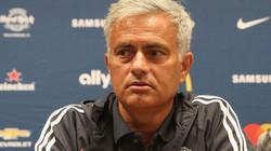 Mourinho quyết xô đổ kỷ lục của Sir Alex tại Champions League