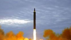 """Trump có """"động thủ"""" nếu Triều Tiên tiếp tục phóng tên lửa?"""