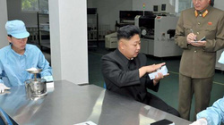 Thả 25 triệu iPhone vào Triều Tiên để... giải quyết vấn đề hạt nhân?