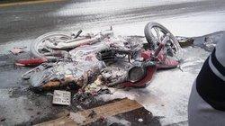 Vụ xe máy bốc cháy sau va chạm với ô tô: Bé gái đã tử vong
