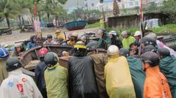 Di dân thần tốc, trên 79.000 người thoát khỏi tâm bão số 10, cấp 12