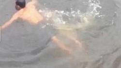 Pháp sư có sức mạnh siêu nhiên tự phong bị cá sấu dìm chết