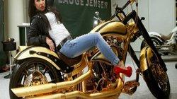 Ngắm Harley Davidson nạm 250 viên kim cương giá 19,3 tỷ đồng