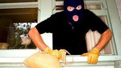 Phó Cục trưởng bị mất trộm gần 400 triệu ở khách sạn
