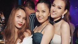 """Yến Trang – Thu Thủy chịu đứng chung sau 10 năm """"cạch mặt"""""""