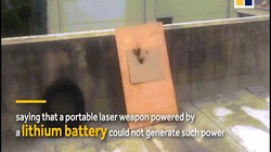 """TQ: Công bố video súng """"AK-47 laser"""" thiêu cháy mục tiêu"""