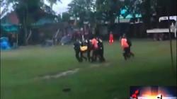 Video: Trực thăng đưa thành viên đội bóng Thái Lan đến bệnh viện