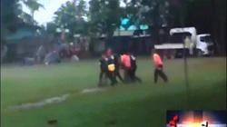 Đội bóng Thái Lan đi xuyên hang được, vì sao ra khỏi hang bằng cáng?