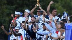 Đội tuyển Pháp được chào đón tưng bừng như U23 Việt Nam ngày trở về
