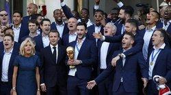 Tin nhanh World Cup 2018 (Tối 17.7): ĐT Pháp nhận quà đặc biệt từ Tổng thống Macron