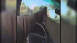 Mỹ: Cảnh rượt đuổi, đấu súng trên xe cảnh sát như phim hành động