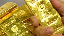 Giá vàng hôm nay 20.7: Rơi về vùng đáy hấp dẫn?