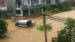 Ảnh: Nhiều xã chìm trong biển nước, quốc lộ 32 qua Phú Thọ tê liệt
