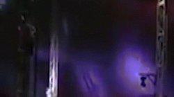 Tai nạn kinh hoàng trong màn xiếc dùng người làm... đạn súng thần công