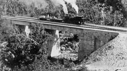 Đường xe lửa từ Sài Gòn vươn ra phía Bắc và lên cao nguyên