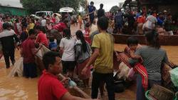 """Vỡ đập thủy điện ở Lào: Dân """"khát"""" đồ ăn, thuốc men và cả... quan tài!"""