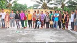 Bắt quả tang 17 phụ nữ đánh bạc ăn tiền ở vùng quê Vĩnh Long
