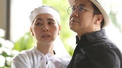 Thành Lộc chết lặng bên linh cữu cố nghệ sĩ Thanh Hoàng