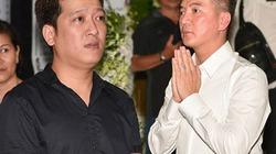 Mr. Đàm, Trường Giang thẫn thờ trước di ảnh cố NS Thanh Hoàng