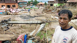 Ảnh: Cảnh đổ nát chưa từng thấy trong vụ vỡ đập thủy điện ở Lào