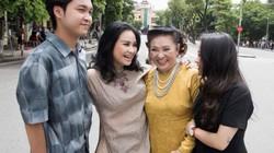 """Bộ ảnh """"3 thế hệ"""" của gia đình diva Thanh Lam gây """"sốt mạng"""""""