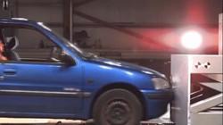 Lỗi của người ngồi ghế sau xe hơi có thể đe dọa tính mạng tài xế