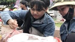 """Quảng Ngãi: No con mắt ở """"chợ"""" sim rừng vùng cao"""