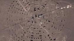 """""""Vùng 51"""" bí mật giữa sa mạc của Trung Quốc bị Google Maps phát giác"""