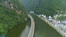Chiêm ngưỡng cung đường cao tốc trên mặt nước đẹp nhất ở Trung Quốc
