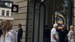NÓNG: Pin iPad suýt nổ tung tại Apple Store, buộc sơ tán khẩn cấp