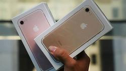 """Với 8 triệu đồng, chọn iPhone 7 """"lướt"""" hay điện thoại Android tầm trung?"""