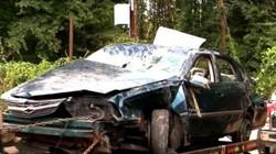 Mỹ: Xe chở 3 mẹ con bị tai nạn nơi hoang vắng và điều kỳ diệu sau 4 ngày