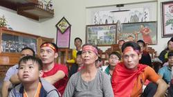Bố mẹ Công Phượng: Cả làng Vồng Vống tiếp sức cho con và đội tuyển