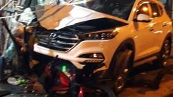 Tránh 2 học sinh, xế hộp mất lái tông 6 người thương vong