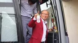 """[TRỰC TIẾP] Lễ đón Olympic Việt Nam: Di chuyển """"nhanh như chớp"""""""