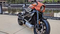 """Mục sở thị mô tô điện Harley-Davidson LimeWire """"bằng da bằng thịt"""""""