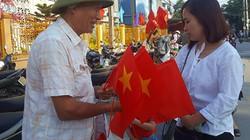 Lạng Sơn: Cờ nhỏ trao tay lãi lớn nhờ ăn theo ngày khai giảng