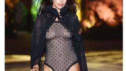 Irina Shayk tự tin mặc nội y trong suốt sau 16 tháng sinh con