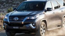 Giá ô tô con vào Việt Nam bất ngờ tăng vọt lên gần 550 triệu