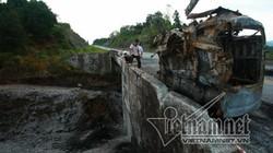 Xe bồn nổ như bom ở Yên Bái: Biến dạng khủng khiếp dưới chân cầu