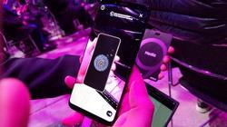 """Samsung sắp tổ chức sự kiện """"4 fun"""", ra mắt điện thoại 4 mắt?"""