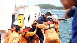 10 ngư dân ngộ độc trên biển, nghi do ăn cá chình