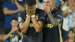 Ronaldo bị đuổi, lỡ hẹn M.U, HLV  Allegri nói gì?