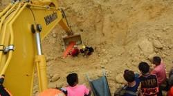 Philippines: Hàng loạt người gửi tin nhắn tuyệt vọng từ dưới đất dày