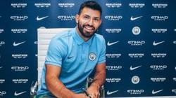 """Man City """"trói chân sát thủ"""" Aguero thêm 3 năm"""