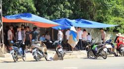 Sống mòn cùng ô nhiễm, dân dựng lều, ăn cơm chặn cổng bãi rác