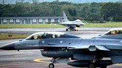 """Mỹ """"chọc giận"""" TQ bằng thỏa thuận vũ khí 330 triệu USD với Đài Loan"""