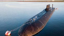 """Cận cảnh tàu ngầm """"vô hình"""" nặng gần 3.000 tấn của Nga"""